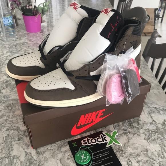 best sneakers a6264 8bc9f Jordan 1 Retro High Travis Scott NWT
